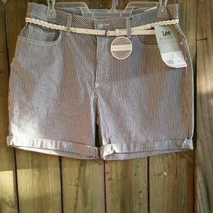 Lee Riders Blue And White Shorts size 16